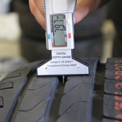 Измерители глубины протектора шин